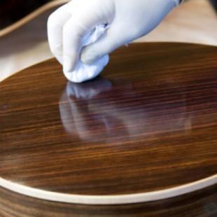 Удаление полироли для мебели